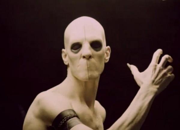 Sleepy-Hollow-Season-1-Episode-3-For-the-Triumph-of-Evil-600x433