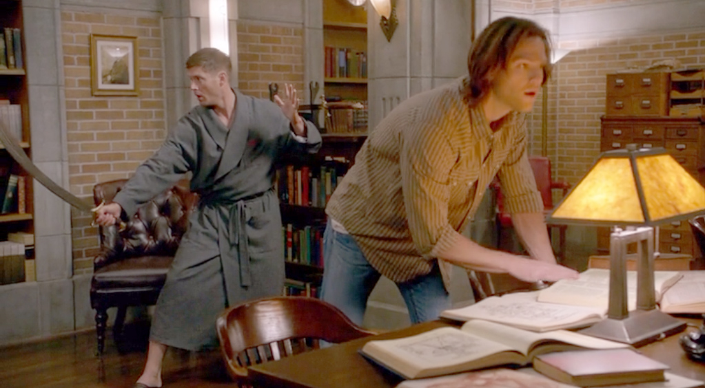 sam-and-dean-everybody-hates-hitler-s8